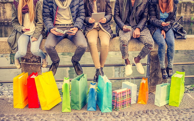 Irrational Shoppers: 3 Ways to Boost E-Commerce Conversions With Behavioural Economics